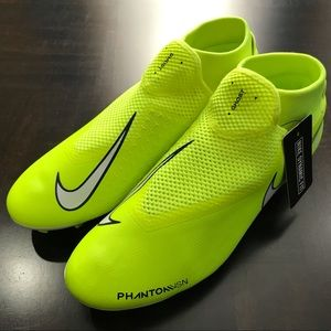 Men Soccer Cleats Nike Phantom Vision Academy NEW